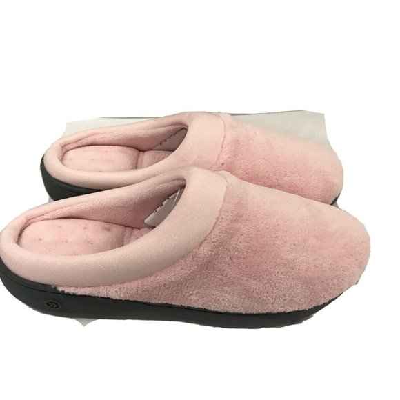 Isotoner Signature Womens Petal Pink Plush Slipper